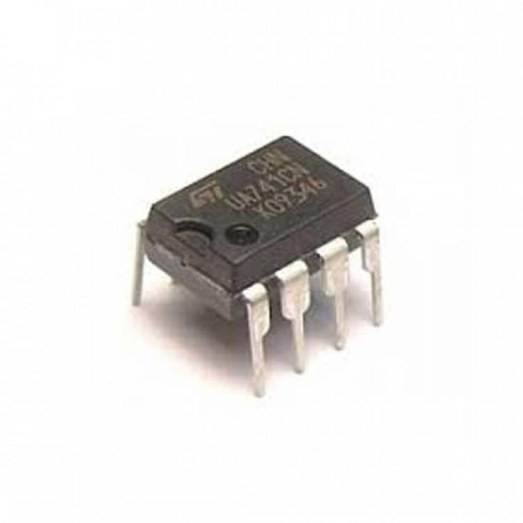 LM741 OP AMP
